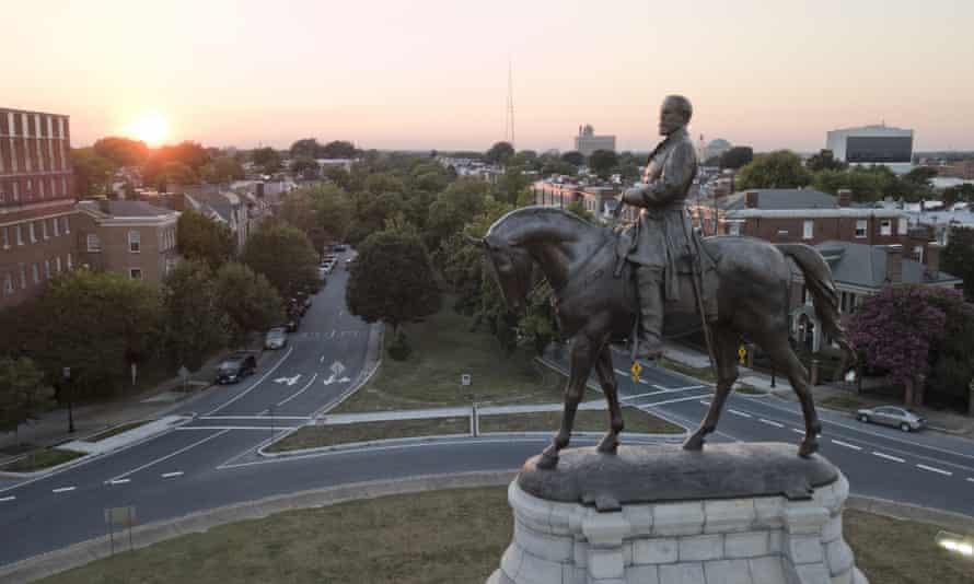 A statue of the confederate general Robert E Lee in Richmond, Virginia.