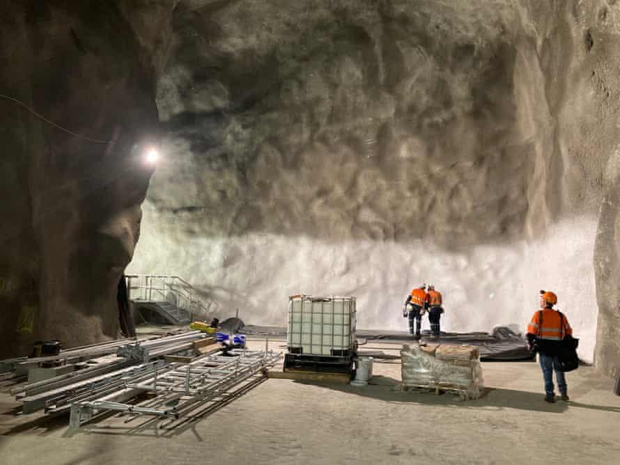 'Waiting for a ghost': the search for dark matter 1 km below an Australian town |  australia news