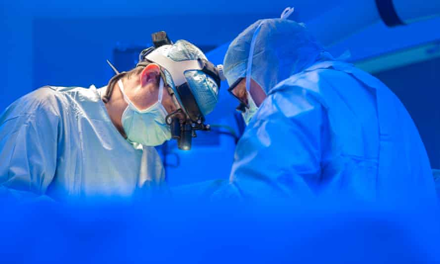 The findings appear to be linked to the body's biological clock, although more trials will be needed before hospitals consider rescheduling surgeries.