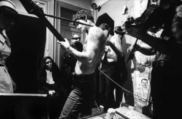 The Velvet Underground perform for Venus in Furs, an underground film by Piero Heliczer, New York, November 1965. Lou Reed (centre).