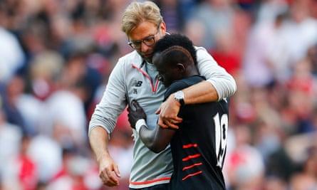 Sadio Mané taken to Liverpool hospital with shoulder injury ...