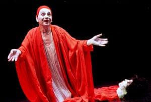 Kemp in 'Salome's Last Dance' from Dreamdances in 2002