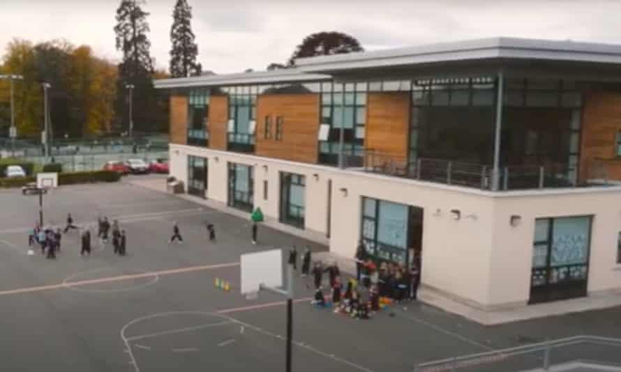 Escuela de St Gerard en Bray