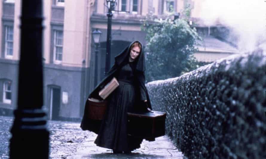 Meryl Streep as Sarah Woodruff in the French Lieutenant's Woman, 1981.