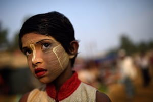 Rufia Begum, aged 9. It is said that people have been using thanaka this way for over 2,000 years