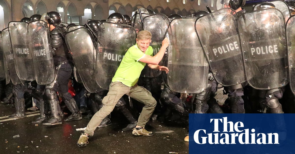 Anti-Russia protesters met with tear gas, rubber bullets and water cannonin Georgia – video