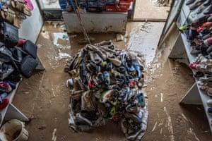 Destroyed Shoe Shop by Kianoush Saadati