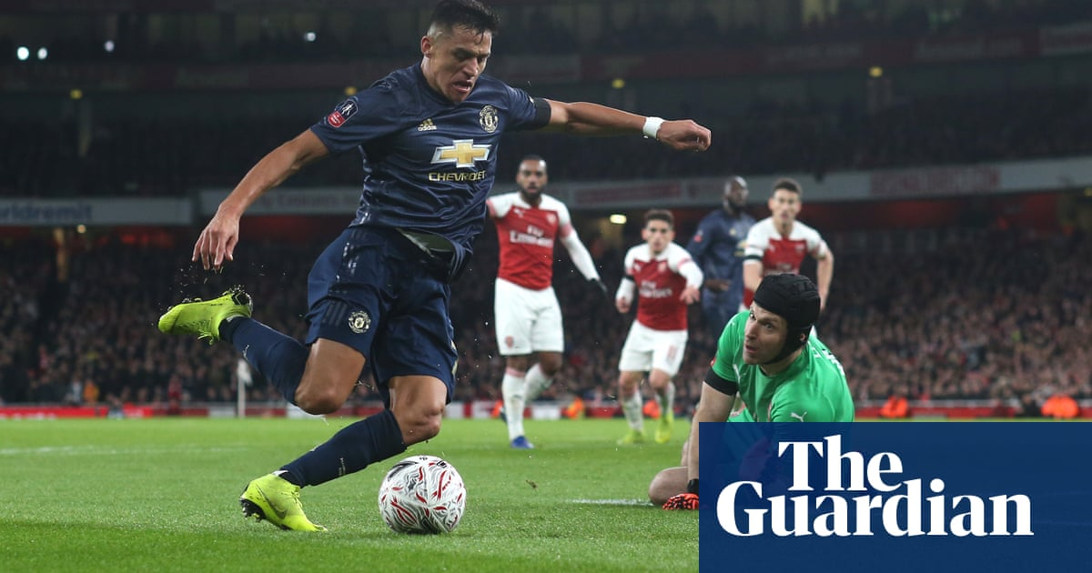 Ole Gunnar Solskjaer expects Alexis Sánchez to play 'a lot of games' once fit