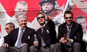 Duncan Fletcher, Michael Vaughan and Marcus Trescothick soak up the Ashes celebrations in Trafalgar Square.