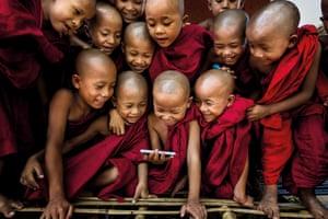Spirit of Travel: Gunarto Gunawan (Indonesia) – Shwe Gu monastery, Bagan, Myanmar