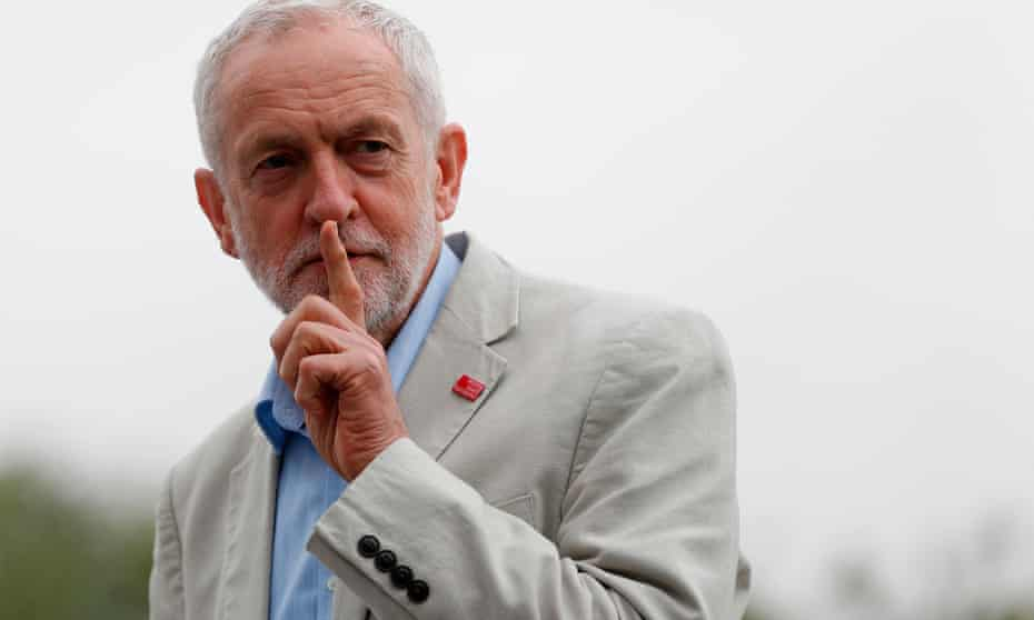 Labour party ranks may become split over the issue of EEA membership after Brexit.