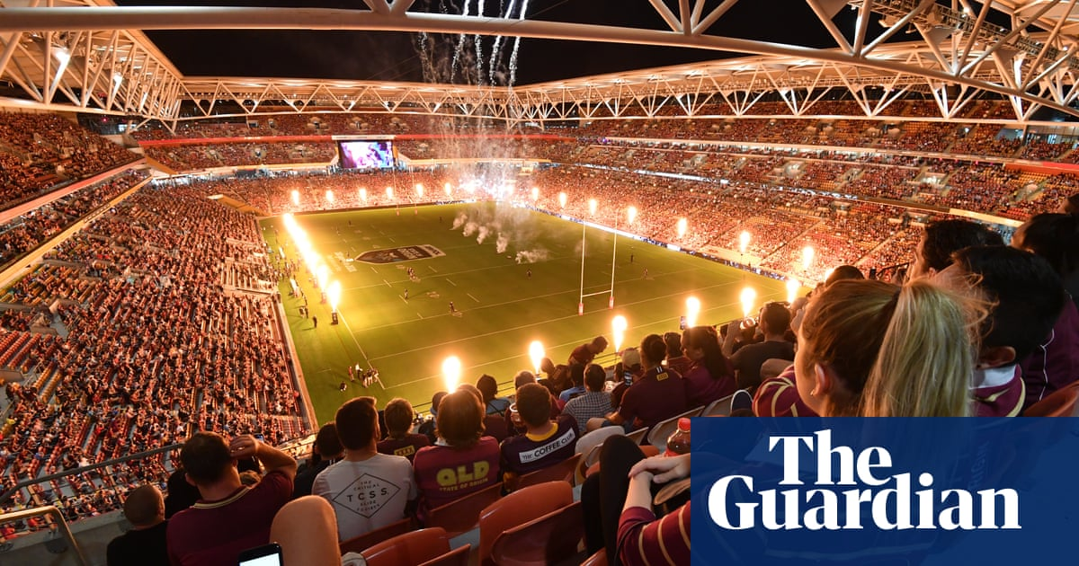 The whole city was gridlocked': Brisbane heaves as fans allowed back en  masse | State of Origin | The Guardian
