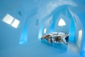 Icehotel December 2015: Cesare's Wake design by Petros Dermatas (Greece) and Ellie Souti (Greece)