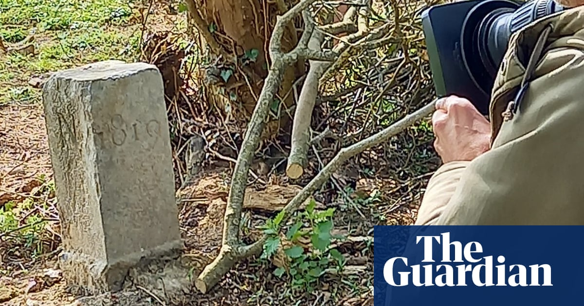Farmer moves border stone for tractor – and makes Belgium bigger