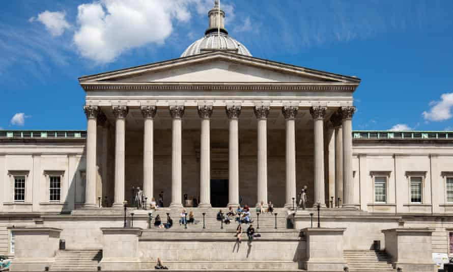 University College London with students sitting on steps