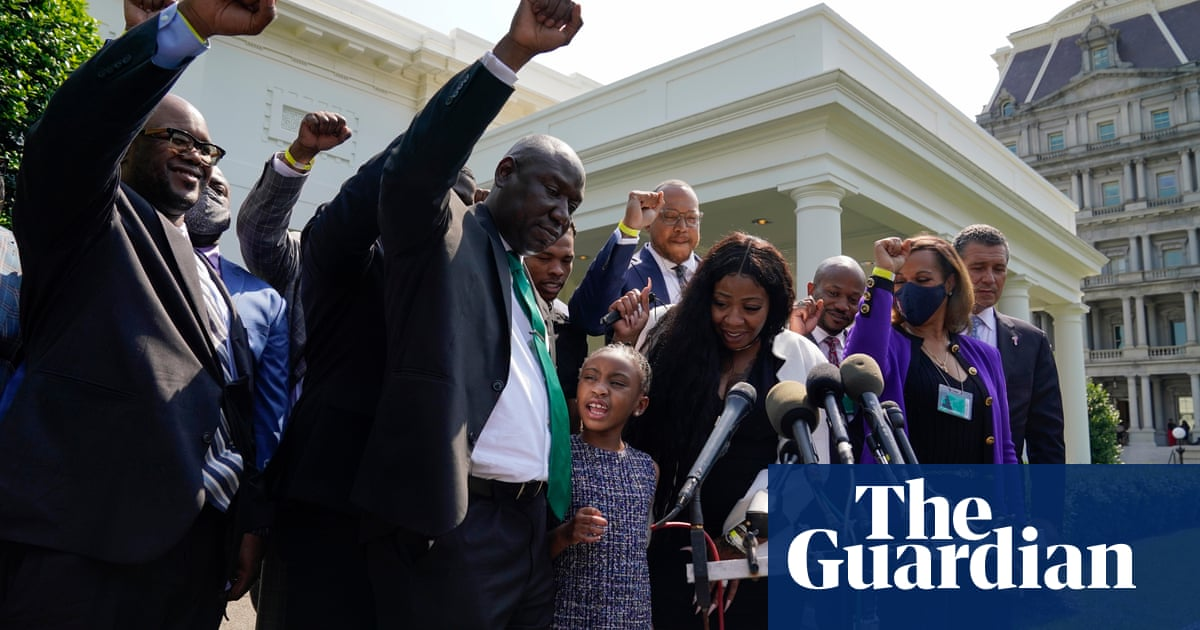 George Floyd family urges Biden to pass police reform bill as it stalls in Senate