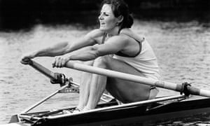 Beryl Crockford, who rowed under the name of Mitchell until 1985, 'sculls with a blend of power and grace which is menacing to her opponents'.
