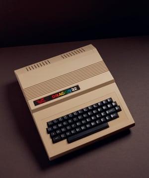 Dragon 32 (1982) home computer.