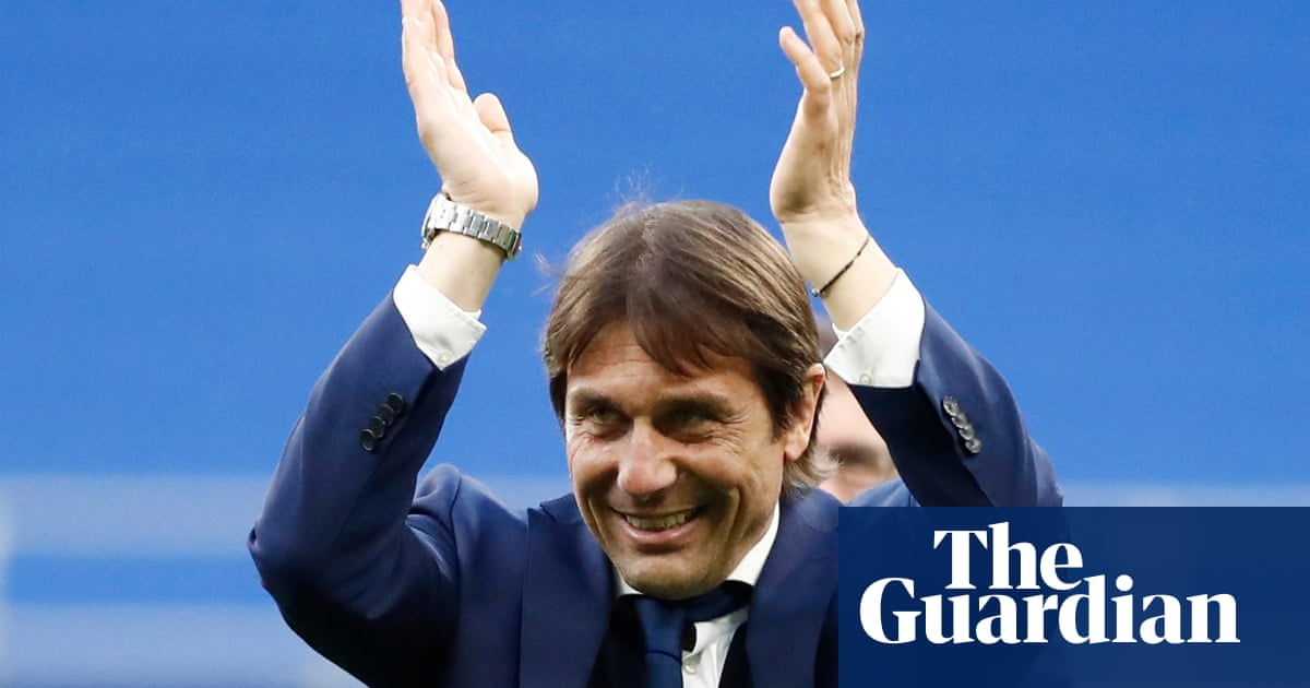 Antonio Conte holds Tottenham talks and is leading contender for job