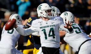 Michigan State quarterback Brian Lewerke is set to join the Patriots as a free agent.