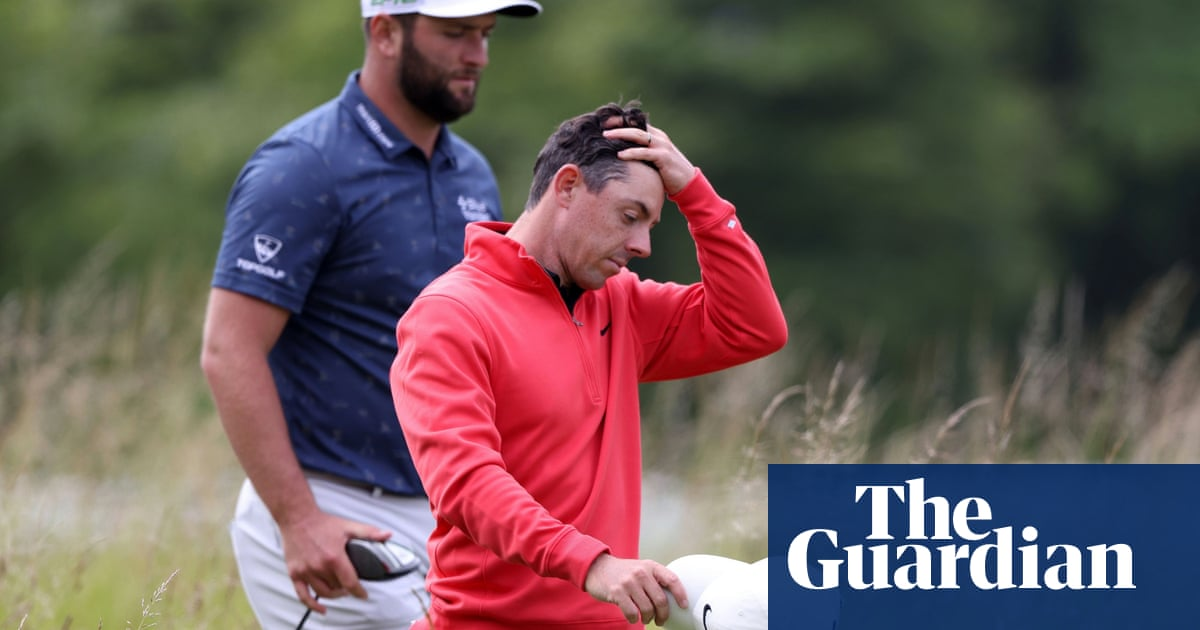 Rory McIlroy not fazed after Scottish Open spectator takes club from his bag