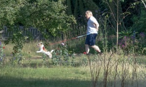 Boris Johnson running this morning with dog Dilyn