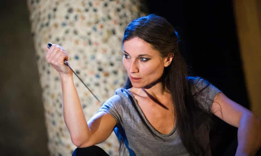 Kate Fleetwood in Medea at the Almeida