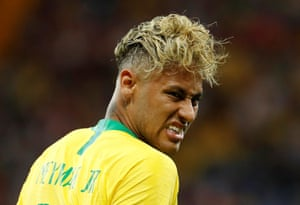 Neymar shows the strain