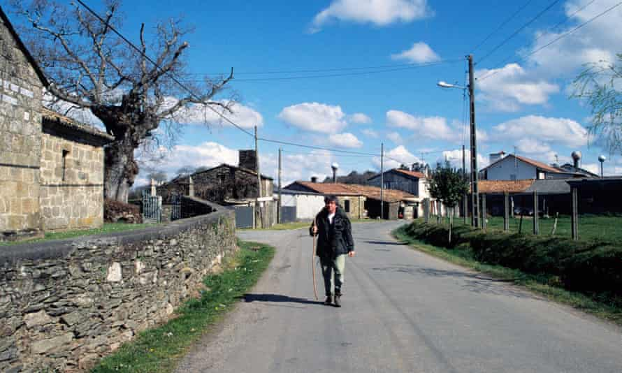 An English pilgrim on the Camino Ingles between Ferrol and Santaigo de Compostela