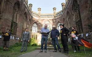 Bill Drummond (blue shirt) and Jimmy Cauty (white hat) of the KLF at their Welcome to the Dark Ages event at St Luke's, Liverpool.