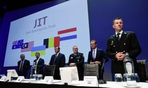 Investigators name MH17 suspects