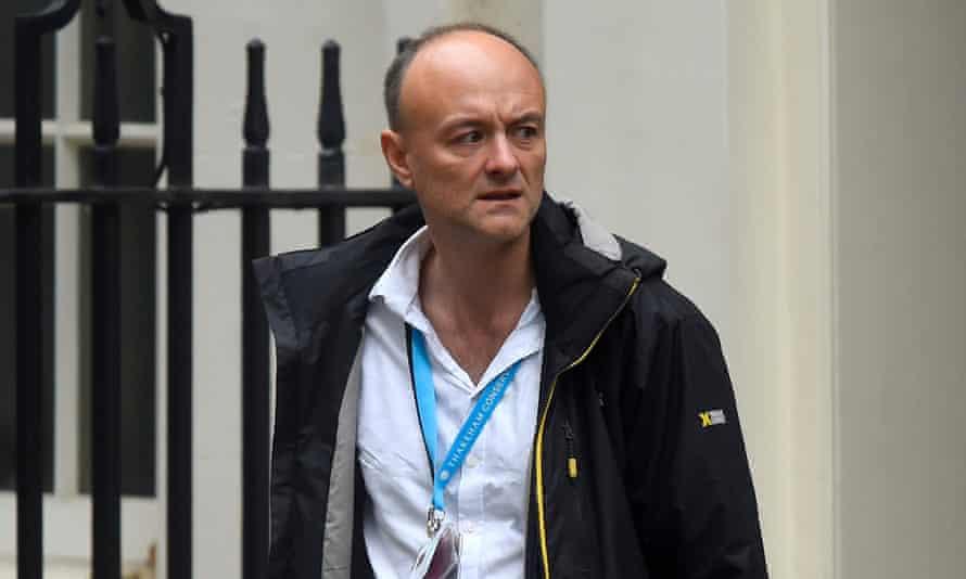 Dominic Cummings leaves 10 Downing Street