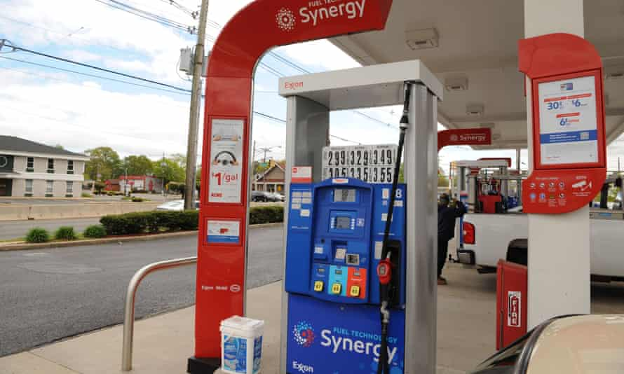 Fuel prices are on the rise, due to a cyberattack on one of the top US fuel pipelines forced it to shut down.