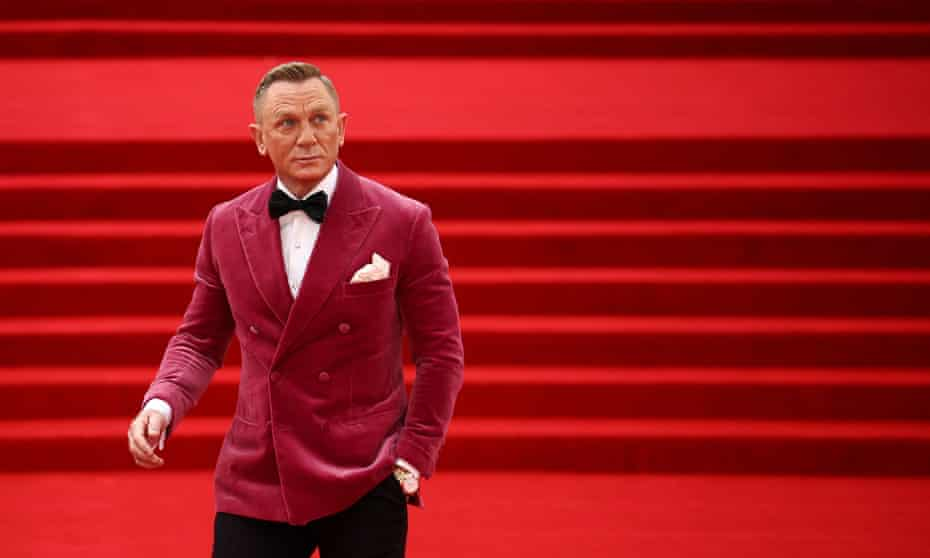 Daniel Craig arrives at the world premiere of the new James Bond film No Time To Die.