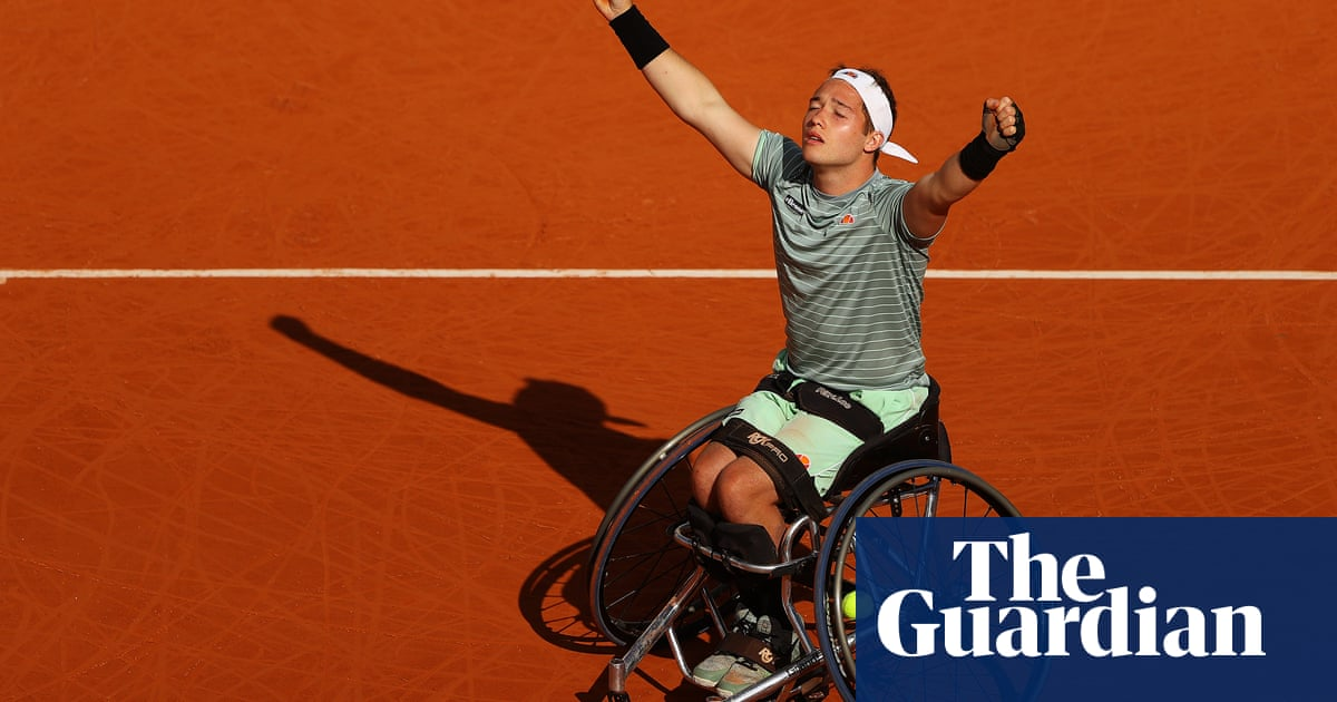 Britains Alfie Hewett wins wheelchair singles title at French Open