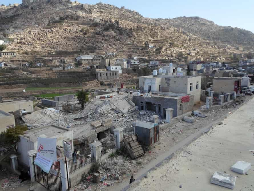 Six people were killed when the Shiara hospital, an MSF-supported facility in Razeh, northern Yemen, came under attack on 10 January.