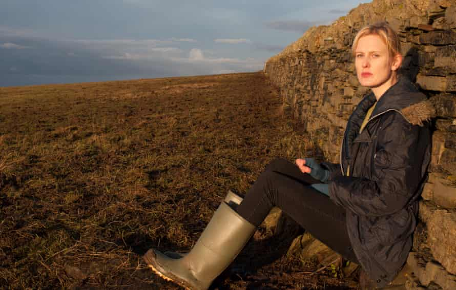 Amy Liptrot writer photographed on Orkney for the Observer New Review.