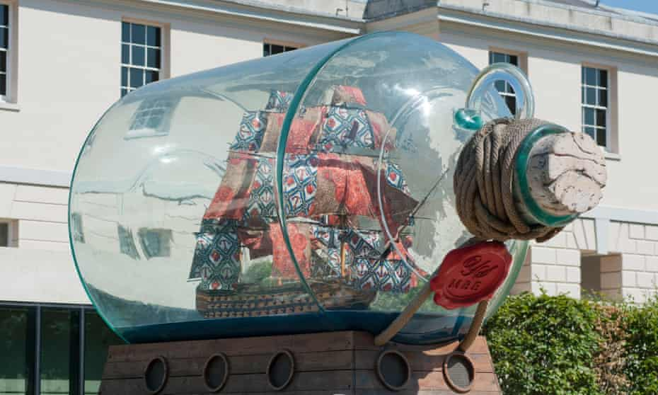 Nelson's Ship in a Bottle by Yinka Shonibare, on permanent display in front of the National Maritime Museum, Greenwich.