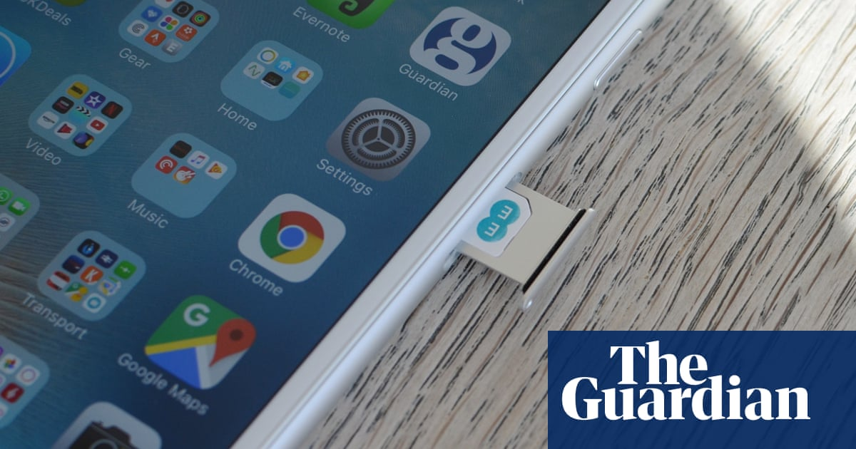 Totally inadequate' EE slammed over security | Business | The Guardian