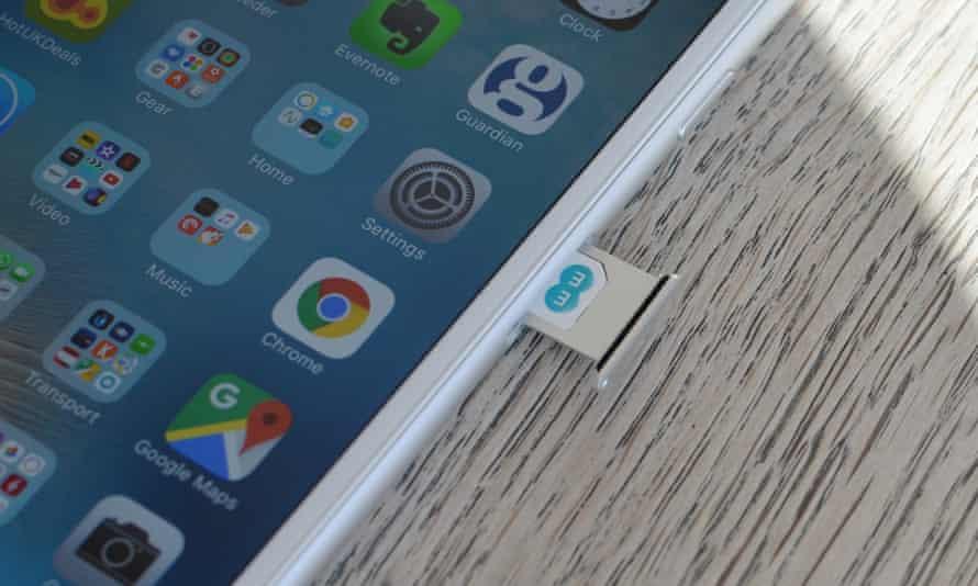 An EE sim card in an iPhone