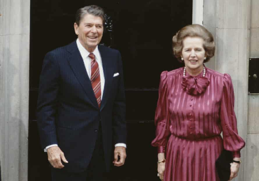 Margaret Thatcher with Ronald Reagan on the steps of 10 Downing Street in June 1984.