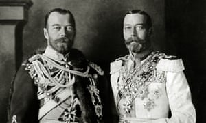You look familiar … George V (right) with his cousin Tsar Nicholas II.