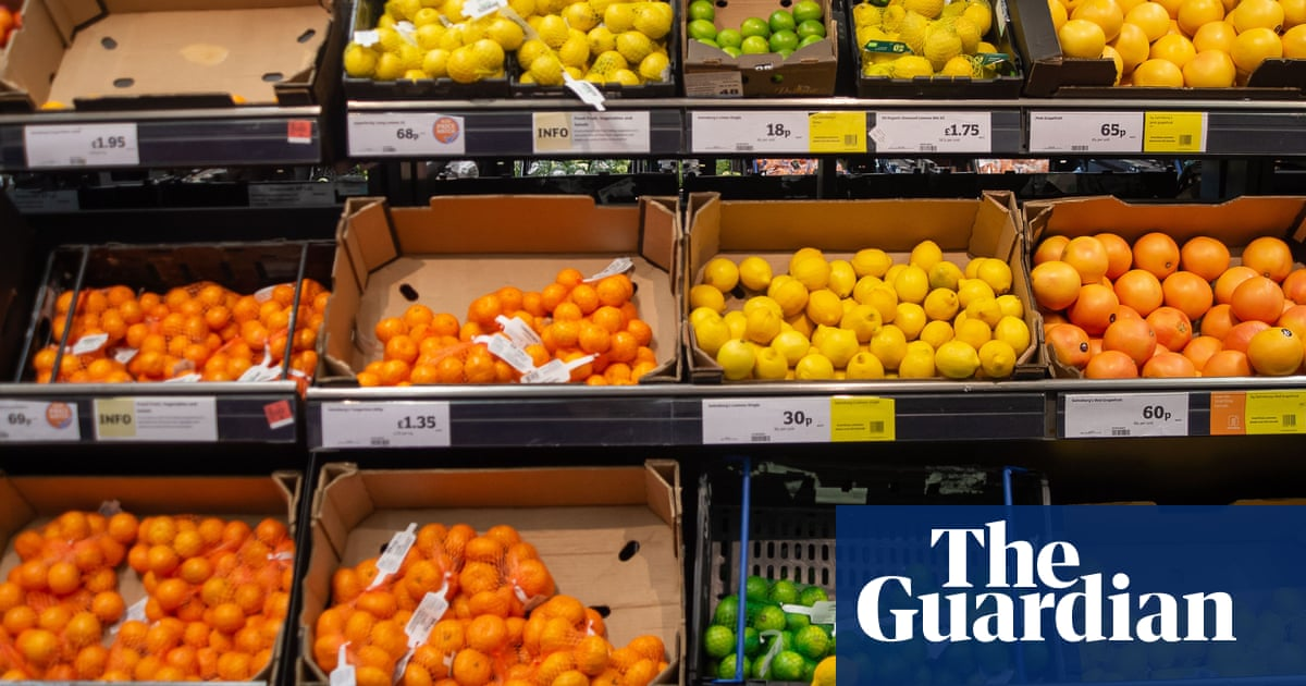 Retail sales in Great Britain fall as people turn to dining out