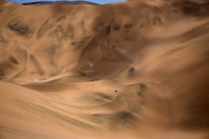 Stage 5: Tacna to Arequipa, PeruBikers tackle the dunes