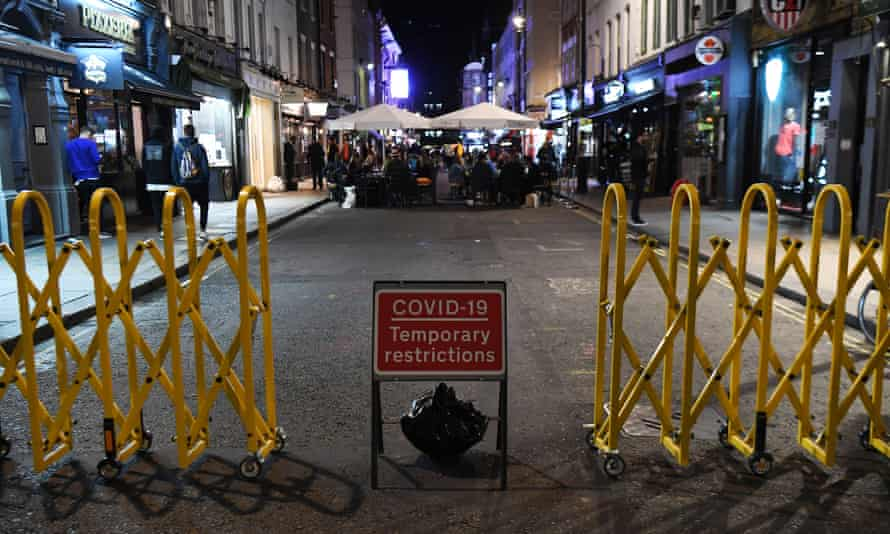 A street in Soho in central London just before the 10pm closure deadline on 24 September