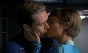 Connor Trinneer as Trip Tucker and Jolene Blalock as T'Pol in Star Trek: Enterprise