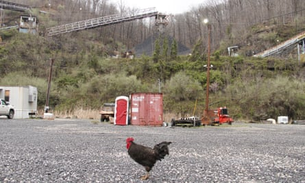 A coal washing plant along Route 119 outside of Pikeville.