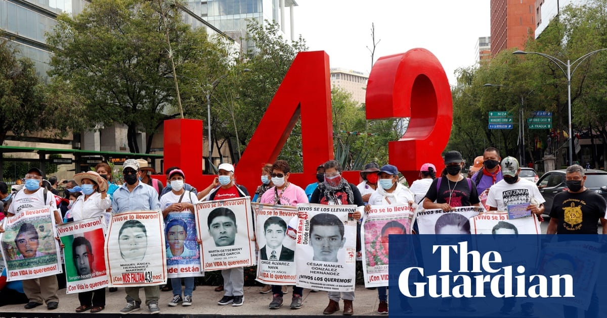Mexico urges Israel to extradite former investigator in 43 missing students case