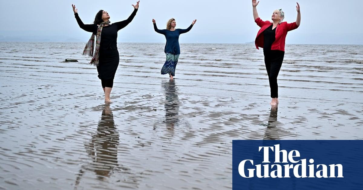 Edinburgh fringe: plans unveiled for far smaller 'joyous' festival