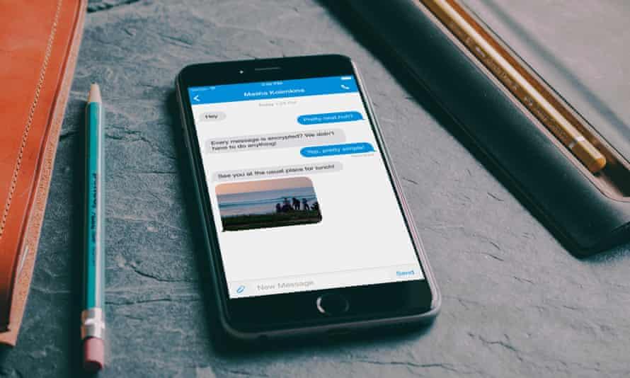 Signal running on an iPhone